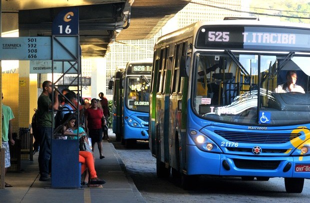 Terminais de ônibus da Grande Vitória recebem Campanha Abril Verde