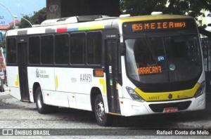 Bandidos assaltam ônibus na Zona Sul do Rio e acabam presos logo em seguida