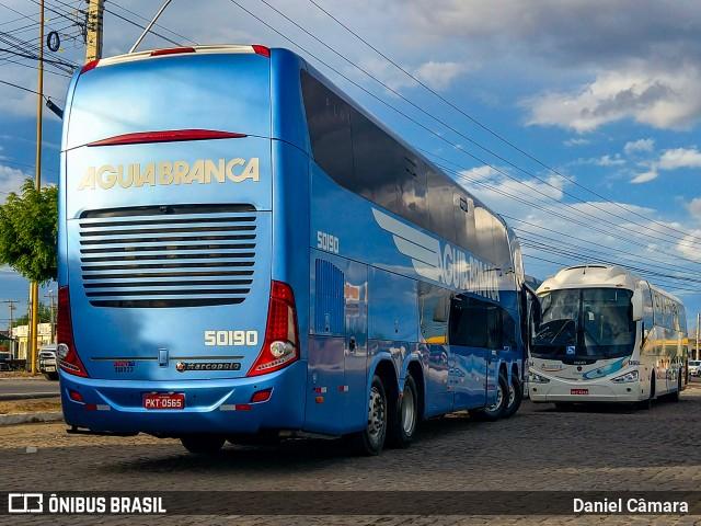 Empresas brigam por passageiros na Salvador x Petrolina oferecendo ônibus DD