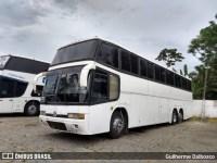 Motoristas de ônibus de turismo fazem manifestação em Fortaleza