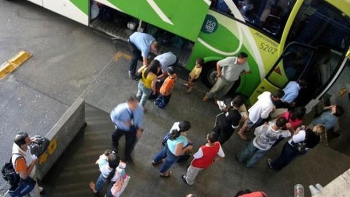 Rodoviária de Curitiba disponibiliza 900 ônibus para o feriado de Corpus Christi