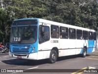 Fiscalização em empresas de Manaus retira ônibus de circulação