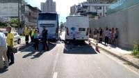 Após ser atropelado por ônibus da Viação Aguia Branca, motociclista segue internado