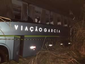 PR: Acidente com ônibus da Viação Garcia deixa um morto e  feridos em Porecatu