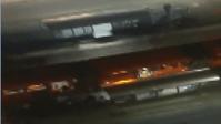 Vândalos danificam estação tubo e ônibus em Curitiba