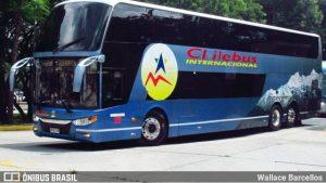Chile Bus chama atenção em São Paulo com seu ônibus Navigator