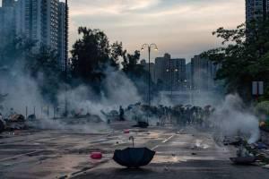 Greve Geral deixa Hong Kong  em clima de guerra