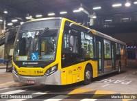 São Paulo amanhece com menos ônibus nas ruas
