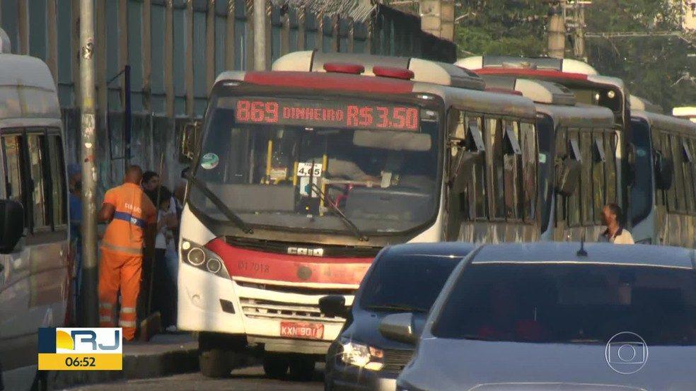 Empresas de ônibus do Rio oferecem desconto na tarifa para pagamento em dinheiro