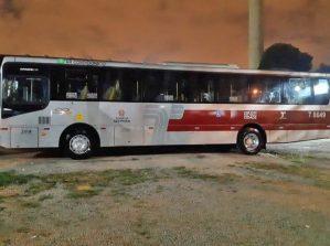 Prefeitura de São Paulo realiza testes com nova pintura nos ônibus