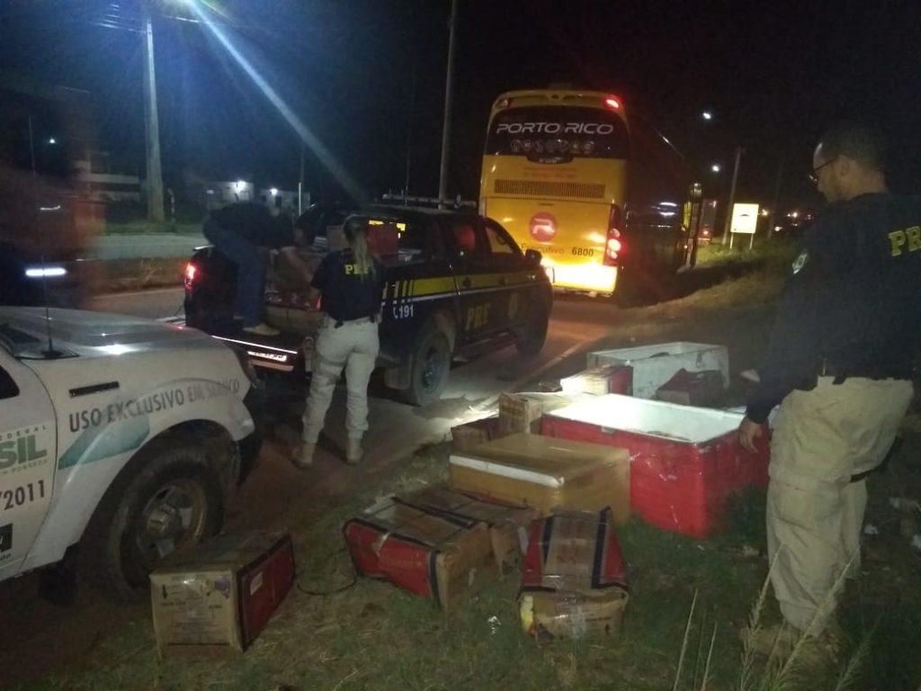 PRF apreende ônibus da Viação Porto Rico com transporte irregular na BR-316