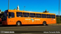 Polícia detém dois homens com faca e facão em ônibus de Ponta Grossa