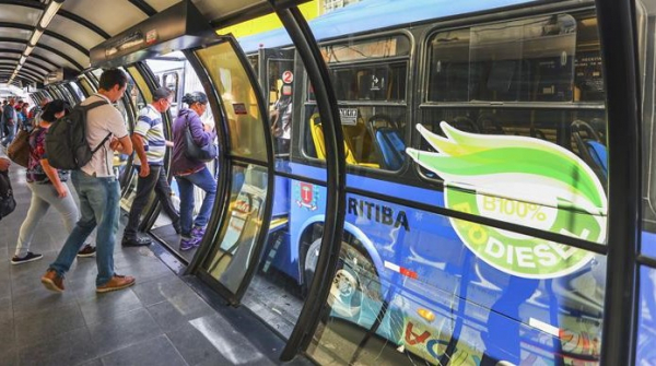 Curitiba: Urbs reforça linhas de ônibus para provas do Enem neste domingo