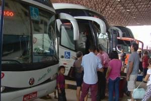 Quinze mil pessoas devem deixar Manaus no feriado prolongado