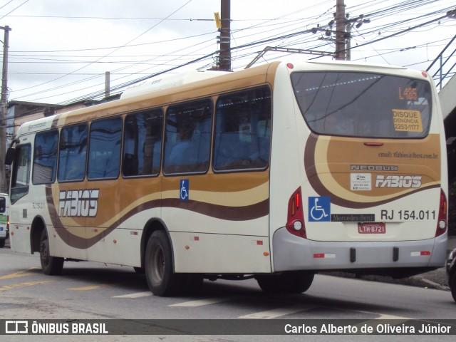 Barra de ferro atinge passageiros de ônibus na Zona Norte do Rio de Janeiro