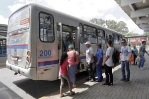 PR: Prefeitura de Araucária diz que tarifa de ônibus será reduzia para R$ 2,40 a partir do dia 11