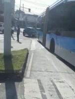 Vídeo: Roda de ônibus do BRT Rio se solta na zona norte da cidade