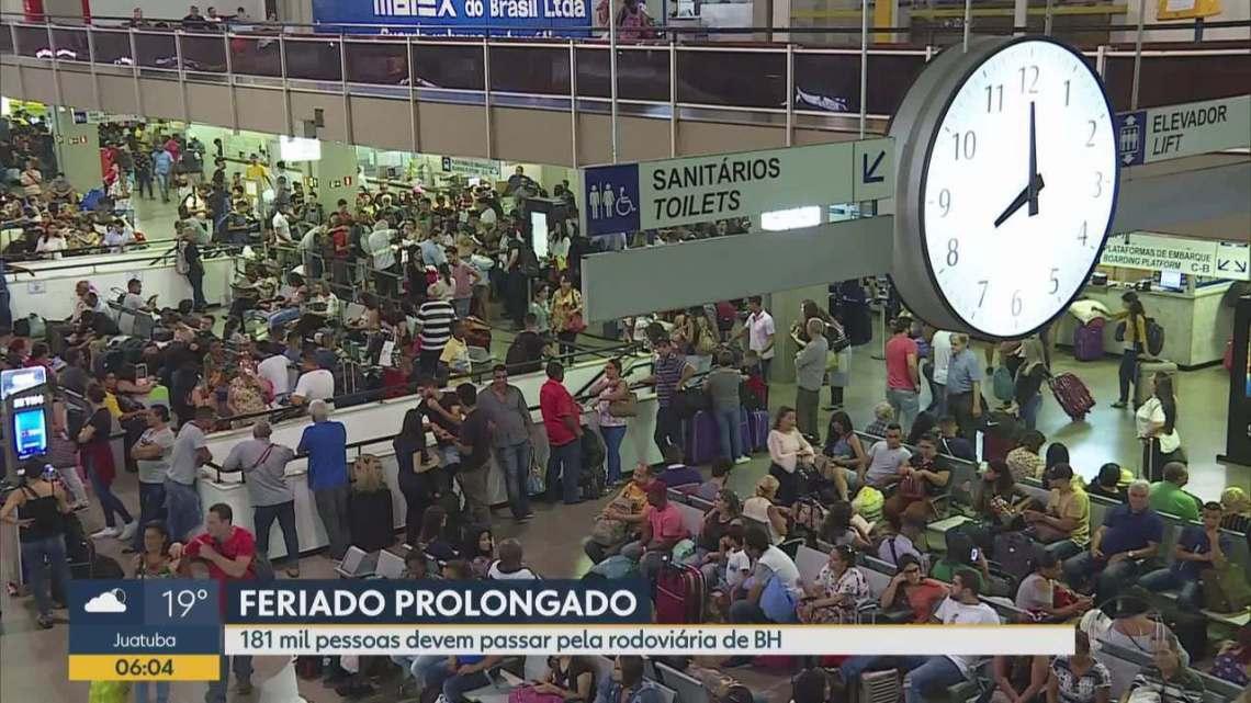 Rodoviária de Belo Horizonte segue movimentada no fim do feriadão