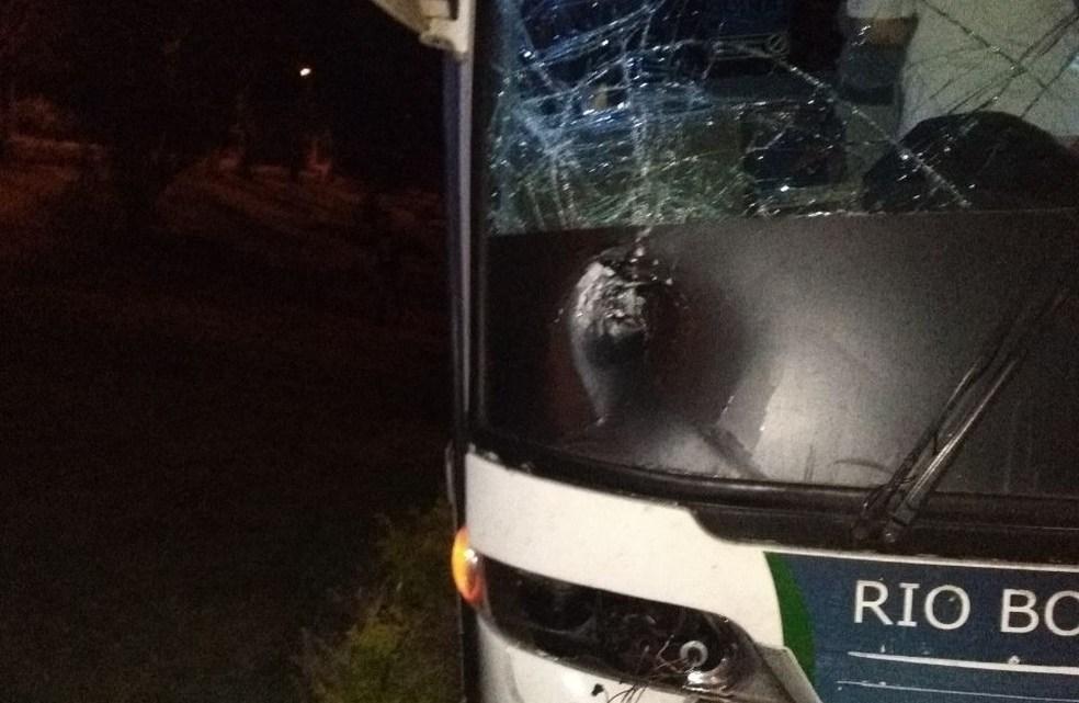 Homem morre ao ser atropelado por ônibus na BR-277 no interior do Paraná