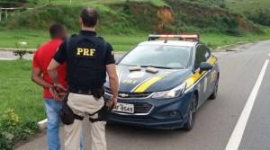 MG: PRF prende homem transportando cocaína a bordo de ônibus na BR-116