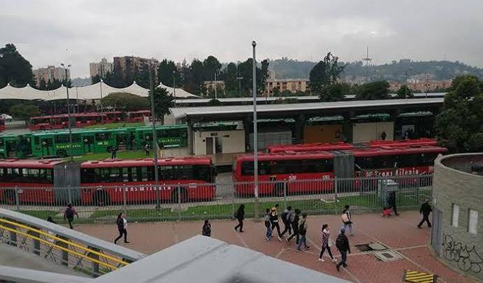 Colômbia: TransMilenio segue sem circular em diversas áreas durante protestos em Bogotá