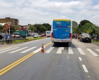 RJ: Ônibus atropela e mata idosa na BR-393 em Barra do Piraí