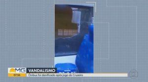 BH: Torcedores do Cruzeiro destroem ônibus após time ser rebaixado para a série B