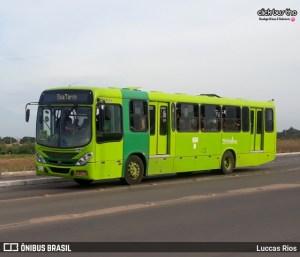 Bandidos fazem arrastão em ônibus de Teresina nesta segunda-feira 16
