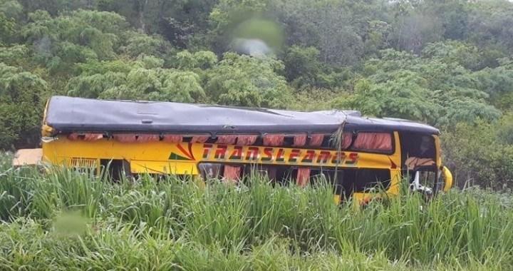 Acidente com ônibus Double Deck deixa 20 feridos  próximo a Puerto Suárez na Bolívia