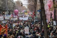 França segue pelo 5º dia com paralisação no transporte