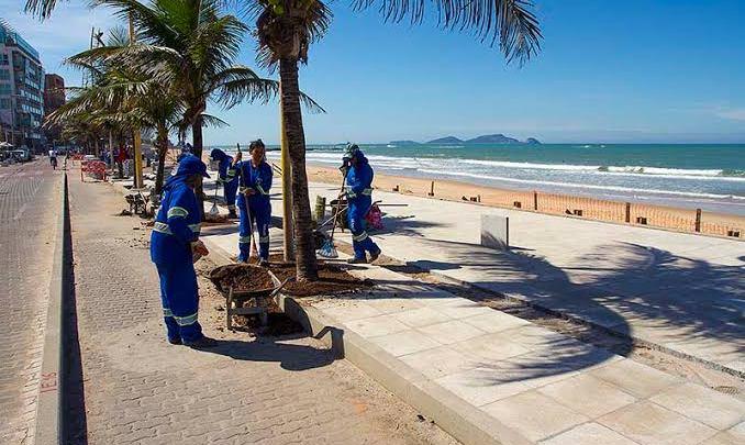 RJ: Ônibus de turismo estão proibidos de estacionar na orla de Macaé