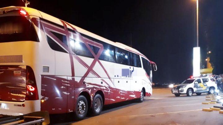SP: Polícia prende assaltante em ônibus da Reunidas Paulista durante fiscalização na Rodovia Anhanguera