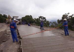 Pavimentação da Serra da Rocinha avança nas obras da BR-285/RS/SC