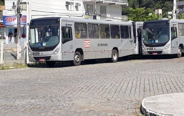 SC: Paralisação de rodoviários atinge 34 linhas em Blumenau nesta quarta-feira de cinzas