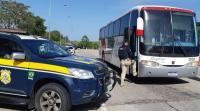 PRF realiza ação educativa em transporte coletivo no Rio Grande do Sul