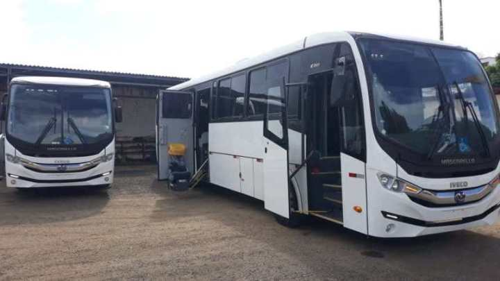 ES: Prefeitura de Colatina adquire três ônibus rodoviários para transportar pacientes