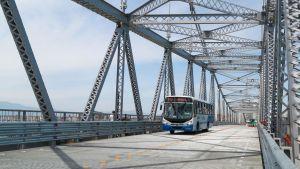 Prefeitura de Florianópolis informa que Ponte Hercílio Luz terá tráfego de ônibus neste sábado e madrugada de domingo