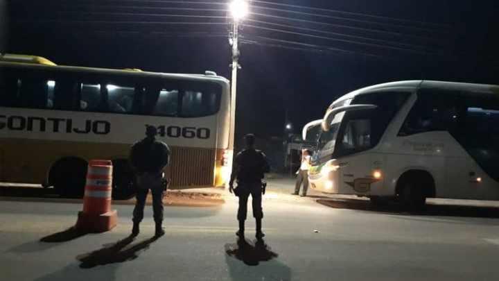 PI: Ônibus rodoviários são apreendidos em fiscalização na BR-407