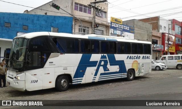 Ônibus da Falcão Real apresenta problema dentro da Rodoviária de Salvador