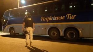 Polícia Rodoviária Federal realiza fiscalização em ônibus no Norte do Piauí por conta do Coronavírus