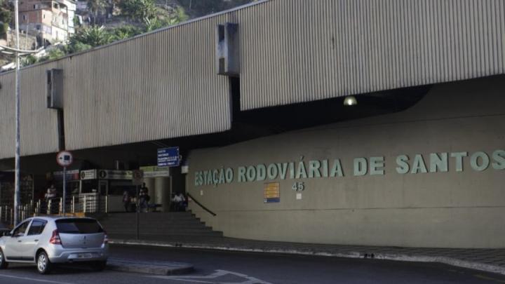 Rodoviária de Santos tem poucas partidas para atender turistas e exceções diz prefeitura