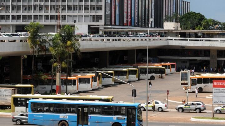 DF: Ônibus circulam em horário de domingo no Dia do Trabalho