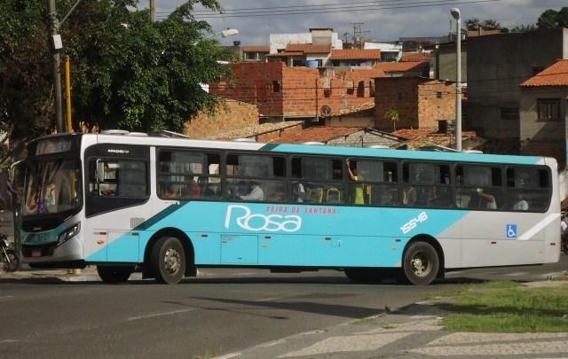 BA: Ônibus da Viação Rosa são assaltados nesta madrugada em Feira de Santana