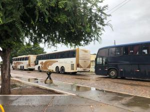 PI: Polícia apreende três ônibus piratas que traziam passageiros de São Paulo