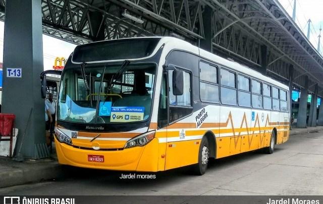 Redução das viagens de ônibus em Porto Alegre será de 40% neste domingo