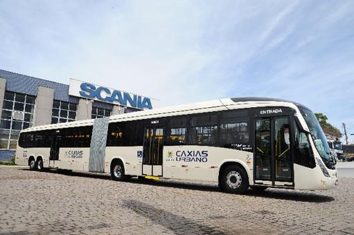 Fábricas da Scania e Volkswagem Caminhões e Ônibus voltam a produzir no Brasil
