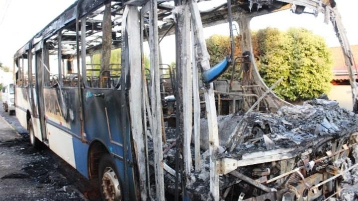 SP: Ônibus rural pega foto no interior do município de Matão