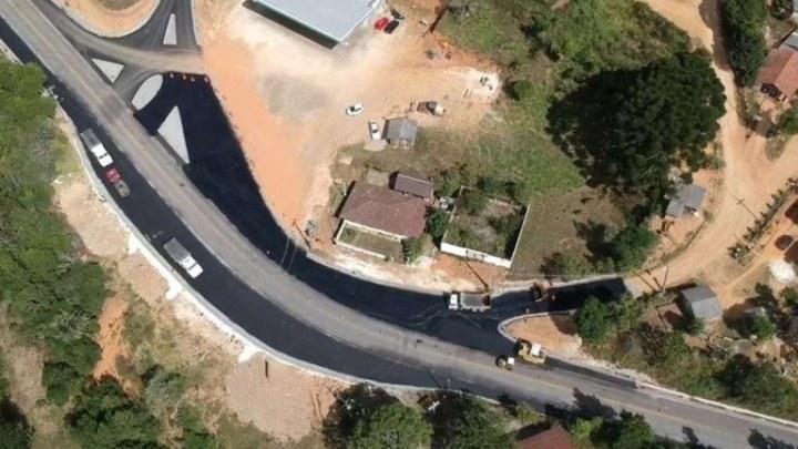 DNIT realiza serviços de manutenção em rodovia no Paraná