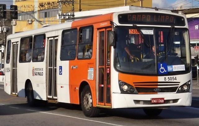 São Paulo: Rodoviários podem boicotar saída de ônibus sem a presença de cobradores nesta segunda-feira