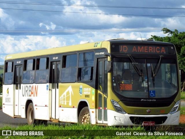 GO: Mulher surta em ônibus de Anápolis e ameaça motorista com faca